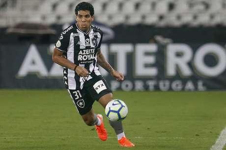 Yuri em ação pelo Botafogo (Foto: Vítor Silva/Botafogo)