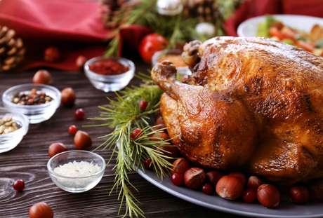 Confira as dicas para fazer um peru de Natal perfeito