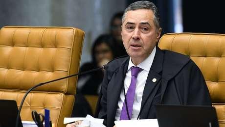 Em vídeo, Barroso desmente apoio às manifestações de Bolsonaro
