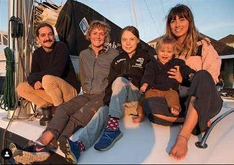 Com barco sustentável, Greta deixa EUA rumo à Espanha
