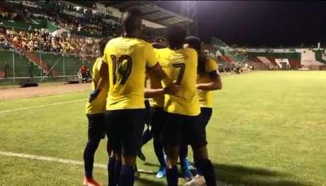 Seleção equatoriana não encontrou dificuldades contra Trinidad e Tobago (Foto: Twitter/Equador)