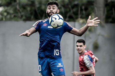 Felipe Jonatan deve ser reserva (Foto: Ivan Storti/SFC)