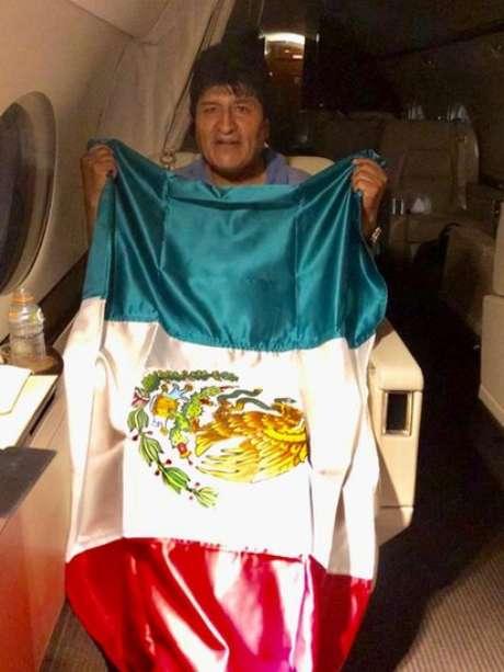 O governo do méxico concedeu asilo político a Evo