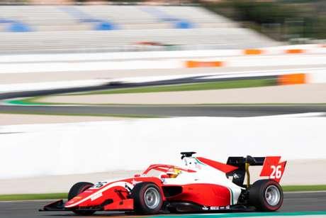 Aos 18 anos de idade, Enzo Fittipaldi já é campeáo da F-4 e vice da atual temporada da F-3 Regional Europeia (FIA/F3)