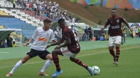 O Timão foi eliminado pelo Flamengo no Brasileirão sub-20 (Foto:Thiago Felix/MyPhoto Press/Lancepress!)