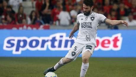 João Paulo lamenta derrota (Foto: Vitor Silva/Botafogo)