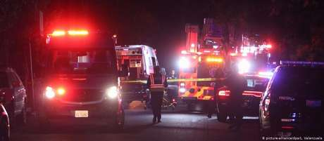 Dez pessoas foram atingidas por tiros; quatro morreram, e seis estão internadas, mas não correm risco de morte