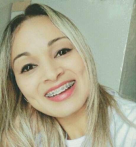 A vendedora Janaína da Silva Santos foi morta por um subtenente da Polícia Militar, em Registro, interior de São Paulo. Expulso da corporação, ele foi condenado a 13 anos de prisão.