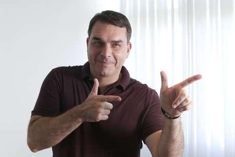 Flavio Bolsonaro, durante entrevista em sua residência oficial na Asa Sul de Brasília