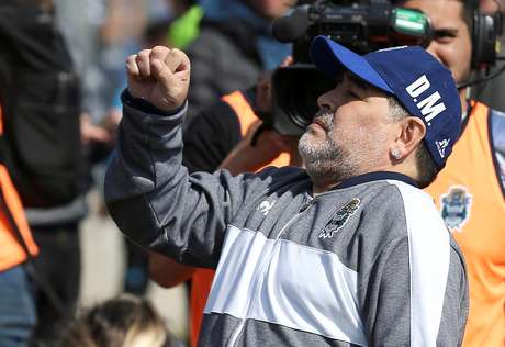 Diego Maradona durante partida do Gimnasia y Esgrima pelo Campeonato Argentino 15/09/2019 REUTERS/Agustin Marcarian