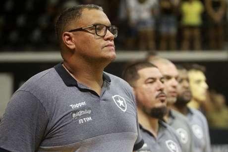 Léo Figueiró acredita em bom momento da equipe para garantir a vaga (Foto: Vitor Silva/Botafogo)