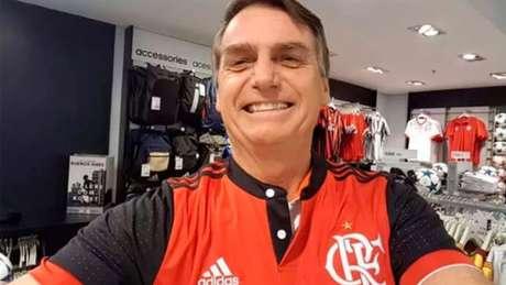 Jair Bolsonaro estará na torcida pelo Flamengo (Foto: Reprodução/Twitter)