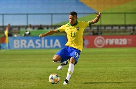 Gustavo Garcia durante a disputa da Copa do Mundo sub-17, pela Seleção Brasileira (Foto: Divulgação)