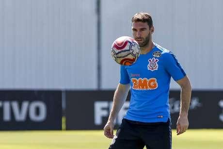 Mauro Boselli foi substituído no duelo diante do Internacional (Foto: Rodrigo Gazzanel/Ag. Corinthians)