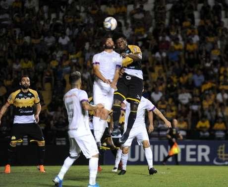 Criciúma e Paraná ficaram no empate (Foto: CEC)