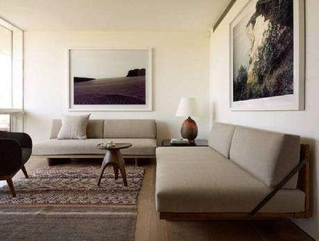 18. O sofá sem braço é ótimo para passar maior sensação de amplitude e leveza na decoração da sala – Foto: Ecce Home