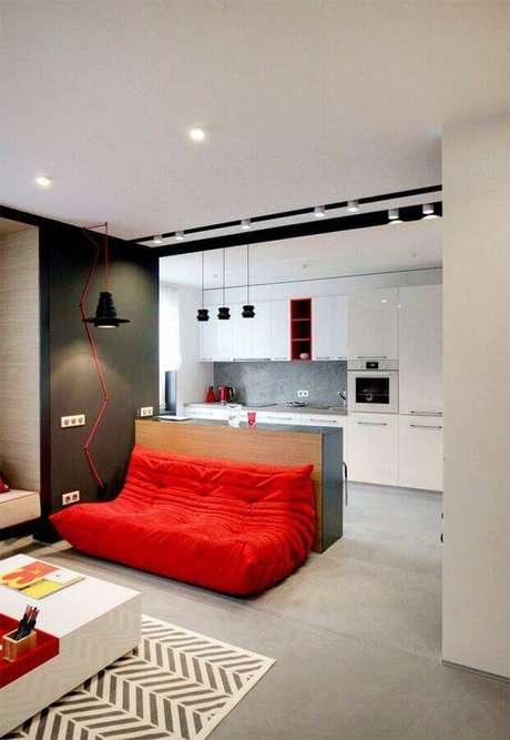 44. Modelo de sofá pequeno sem braço simples para decoração de sala – Foto: Pinterest