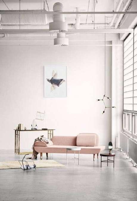 47. Invista em modelos diferentes de sofá sem braço para que eles se tornem destaque na decoração – Foto: Big Brain