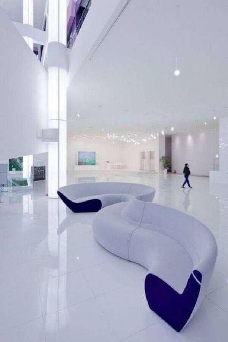 2. Encontre o sofá sem braço que melhor se harmonize ao seu estilo de decoração – Foto: ArchDaily
