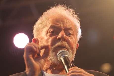 O ex-presidente Lula durante o Festival Lula Livre na Praça Nossa Senhora do Carmo