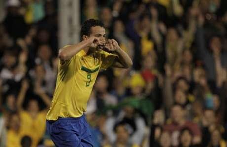 Leandro Damião teve grande participação no título do Superclássico das Américas em 2012(Foto: Arquivo L!)