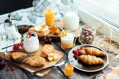36. Decoração rústica para mesa de café da manhã – Foto: Homepedia