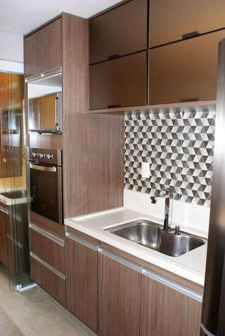 3. A pia de granito é um produto coringa das lojas de construção. Projeto de FENDI Marcenaria Moderna