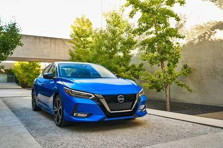 O visual do Nissan Sentra está mais jovial e moderno.