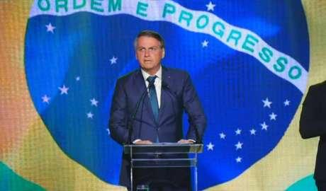 O presidente Jair Bolsonaro faz discurso na convenção de lançamento do Aliança Pelo Brasil