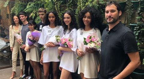 Ganhadores do concurso, com Marcelo Fonseca e Liliana Gomes (Foto: Rosângela Espinossi)