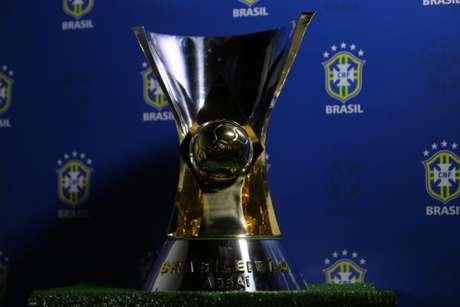 Este é o troféu do Campeonato Brasileiro (Foto: Divulgação/CBF)