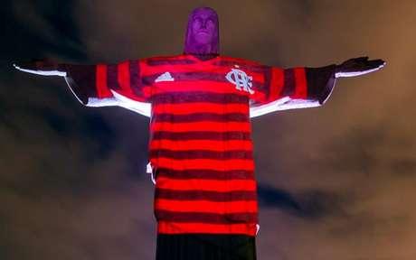Cristo Redentor com a camisa do Flamengo (Foto: Bruno Ryfer/adidas)