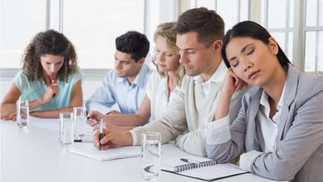Privação de sono tem impacto na produtividade