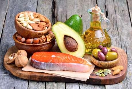 Conheça os alimentos que são fontes de gorduras boas e que fazem bem pra saúde