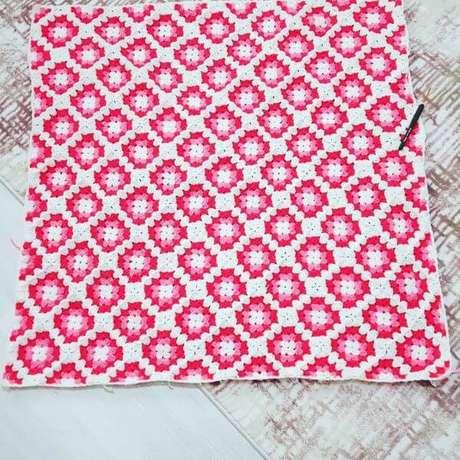 34. Aprenda como fazer tapete de crochê quadrado – Por: Secan Senay
