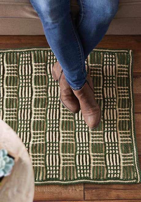 41. O tapete de crochê quadrado para sala de estar é fácil de fazer – Por: Pinterest