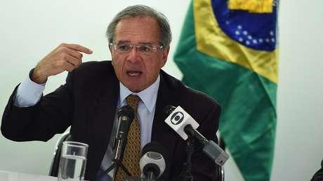 Guedes falou de Washington em coletiva de imprensa