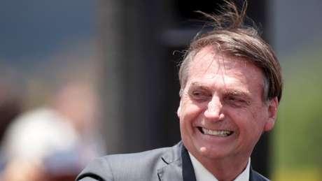 Bolsonaro acusa DiCaprio de pagar por queimadas na Amazônia