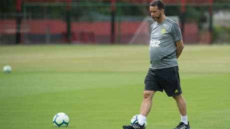 Evandro Mota, coach mental, faz parte da comissáo de Jorge Jesus (Foto: Alexandre Vidal/Flamengo)