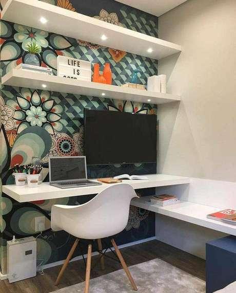 38. A cadeira eames é, sim, confortável. Foto: Revista Viva Decora.