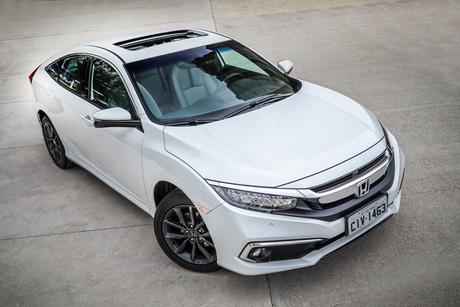 Honda Civic da 10ª geração: um carro superior e que é a referência da marca.