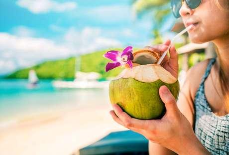 Confira as dicas pra se manter sempre hidratado no verão