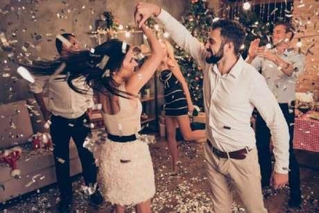 14. Faça um playlist animada para sua festa de ano novo – Foto: Shutterstock