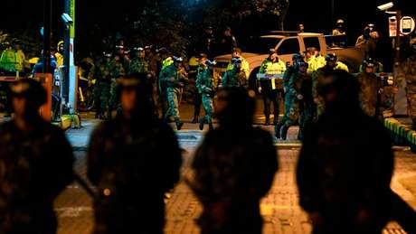 Governo do presidente Ivan Duque enviou Exército para as ruas; polícia está sendo acusada de violar os direitos constitucionais dos manifestantes