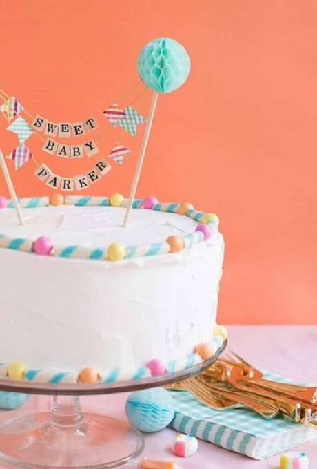 19. Modelo simples de bolo para chá de bebê, uma linda opção de decoração de chá de bebê – Foto: ArchZine