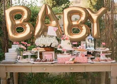 1. Decoração de chá de bebê ao ar livre – Foto: Baby Shower Ideas