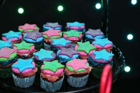 89. Decore os cupcakes de forma criativa. Fonte: Pinterest