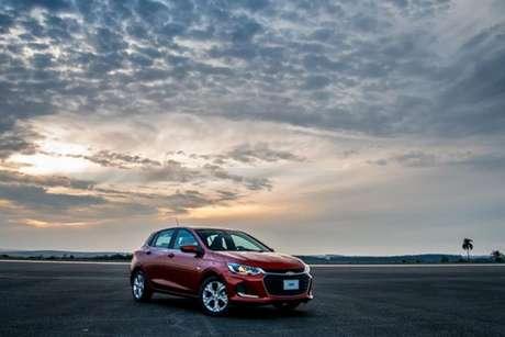 O novo Chevrolet Onix é o hatch a combustão mais econômico do país.