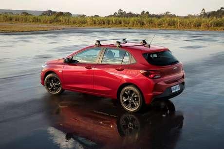 A Chevrolet lançou três pacotes de acessórios originais para personalizar o modelo: Sport, Adventure e Elegance.