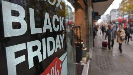 Black Friday é um grande evento comercial nos Estados Unidos após o Dia de Ação de Graças